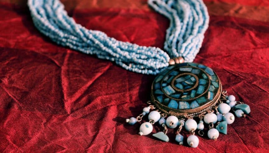 Amulets and Talismans, Differences and Similarities