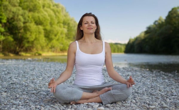 How to find a comfortable meditation position: Quarter Lotus